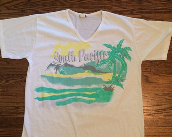 Vintage women's  1970's/80's South Pacific v neck tshirt. Size Large