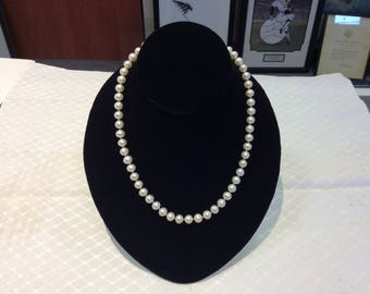 """Pearl Necklace 18"""" length 7mm size"""
