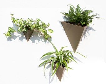 Wall planter triangle 3D printed
