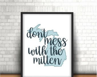 The Mitten digital print- Michigan- Up North- Wall Art- Lake House- Detroit