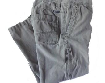 32 x 28 Columbia Omni-Shield Cotton Hiking Pants for Sale