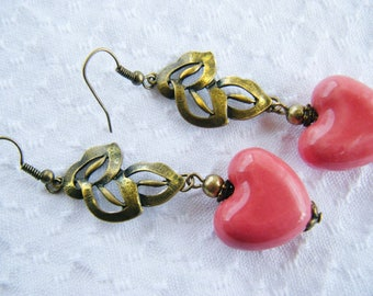 Earrings bronze leaves, raspberry/pink ceramic hearts