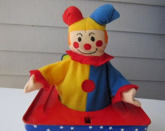 "Vintage 1990s Schylling Clown Jack In The Box Toy Music Box Plays ""Pop Goes the Weasel""  2908"