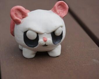 Mini vampire mouse desk pet