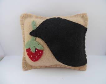 Primitive Crow Pincushion Strawberry Felt Wool Needle Pin Keep Penny Rug