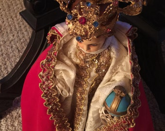 Vintage// Infant Of Prague// Religious Statue// Globus Cruciger// Golden Filagree Crown With ALL Colored Glass Stones// Gorgeous Statue!