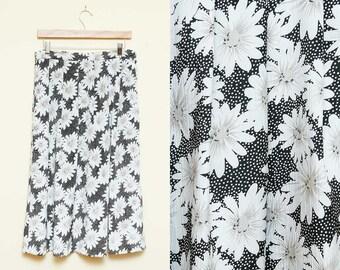 90s Floral Print Midi Skirt // High Waist Daisy Skirt Pockets // Boho Hipster Ditsy Grunge Knee Length Midi Skirt Size 14 Medium