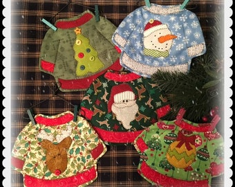 Ugly Christmas Sweater quilted Mug Mats for the holidays PDF pattern