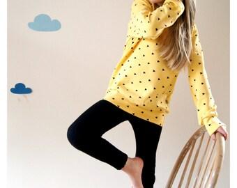 sweatshirt organic cotton yellow with black triangles,girls pullover yellow,toddler sweatshirt yellow,organic infant sweater,streetwear kids