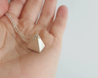 925 Sterling Silver solid Geometric Necklace - Silver Minimalist pendant - Pyramid pendant necklace - Solid Tetrahedron pendant
