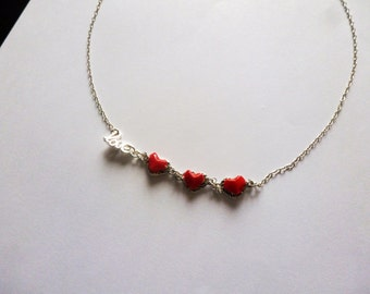 """Necklace red hearts in origami and letters """"love"""""""