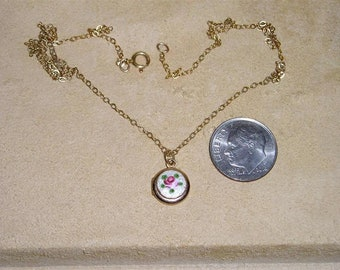 Vintage Small Guilloche Rose Two Picture Locket Pendant Necklace On Gold Filled Chain 1950's Jewelry 11102