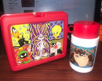Vintage 1997 Thermos Looney Tunes Lunch box with Thermos mint