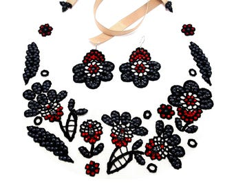 Boho wedding jewelry set  Black bib necklace and earrings   Bridesmade jewelry black  Woman black necklace and earrings  Flower jewelry set