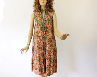 Vintage 70s Boho Dress Young Edwardian by Arpeja Colorful Floral Cotton Spring Dress w Key Hole Neck Size 11 Bust 36