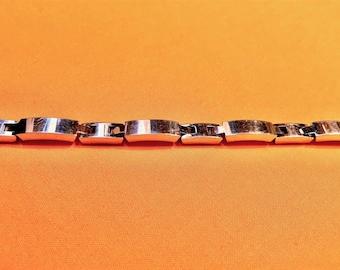 Vintage AVON Link Bracelet - Solid