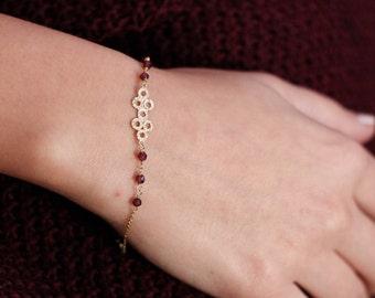 Gold Garnet Bracelet, 14K Solid Gold Beaded Bracelet, January Birthstone, Stacking Gold Bracelet, Stone Bracelet, Geometric Bracelet, GB0318