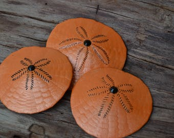 "Halloween Hand Painted Sand Dollars, Halloween Party Favors, Wedding Favors (2-3"") 