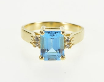 14K Emerald Cut Blue Topaz Diamond Accented Ring Size 6.5 Yellow Gold