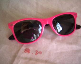 Old pink sunglasses plastic Vintage 1980s