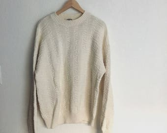 Vintage Chunky Knit Sweater • Size M