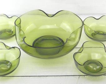 Vintage Green Glass Salad Set, Vintage Anchor Hocking Salad Bowls,  Avocado Green Glass Bowls, Vintage Scalloped Edge Serving Bowl Set