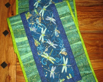 """Quilted Table Runner, Blue Green Dragonflies, 13 x 47"""" Reversible Cotton, Coffee Dining Buffet Table Summer Runner Handmade"""