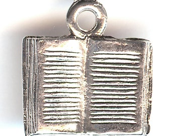 OPEN BOOK Charm. Sterling Silver Plated Pewter. 3D. Read. Made in the USA. wui