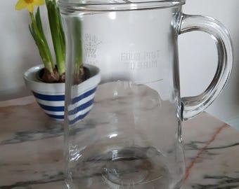 Large vintage 4 pint acid etched ,moulded glass serving jug/pitcher.