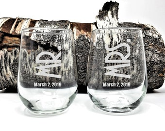 Personalized Stemless Wine Glasses Engraved Mr. and Mrs. and Wedding Date 17 oz. Engagement Gift