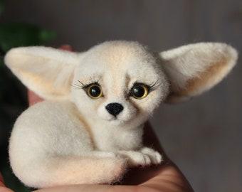Fennec Fox ***READY TO SHIP***, Fennec Fox felted, fennec fox doll, needle felted animal, needle felt Fennec Fox,