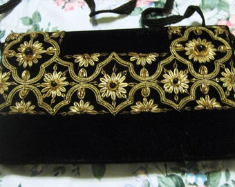 Vintage Handmade  1960's Made in India Purse/Velvet and Gold Twine with Beads