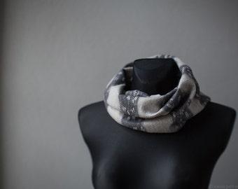 Women scarf Felted infinity circle scarf Neutral shades of grey merino wool loop shawl Woolen felt cowl Striped neck warmer snood