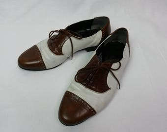 1950's Lace Up Mans Retro shoes Brown and White Leather Shoes Made in Finland
