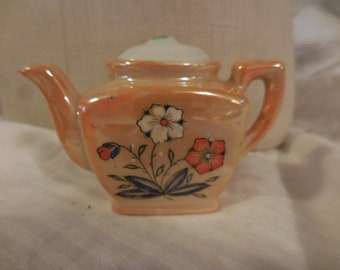 Vintage 1950s to 1960s Porcelain Miniature Teapot with Lid Lusterware Tiny Beige/White/Orange Flowers Made in Japan Retro