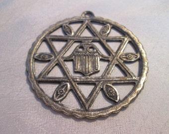 Vintage army Medallion / Vintage Army Medallion