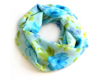 Floral Infinity Scarf / Scarves For Women / Mom Gift / Chunky Scarf / Scarf Women  / Wife Gift Scarf / Fall Scarf / Womens Scarf Print Scarf