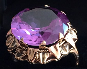Old vintage cocktail ring 50 gold rose 18 k accented with a huge Amethyst - Antique cocktail ring amethyst pink gold 18 k - Cocktail ring