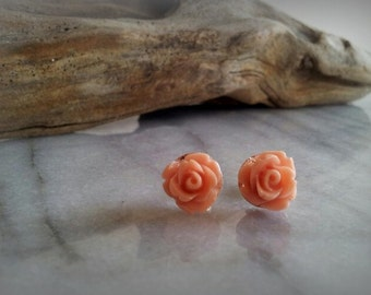 Pale Pink rose stud earrings, flower jewelry, gifts for her, by ktnunna