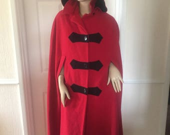 Amazing Authentic Vintage Tailored Red/Black Wool Cape sz 12/14