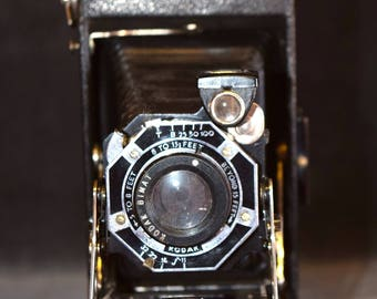 Vintage Bimat Lens Kodak Camera, Folding Camera, Manufactured between 1940 - 1948, Great Condition with Folding Bellows