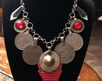 Tribal belly dance Talhakimt necklace/red