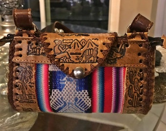 """African handbag imported from Freetown, Sierra Leone. Size Extra Small (6.5""""x 2""""x4.5"""") by:SierraLbags"""