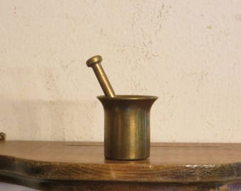 Miniature Brass Mortar and Pestle, Tiny Apothecary w/ free ship