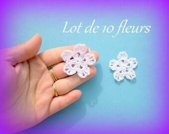 Set of 10 white flowers with the hook is 4 cm unique handmade applique crochet textile embellishment