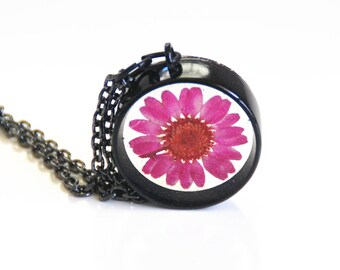 Resin flower Necklace- Resin Jewelry-Resin And Pink Flower Necklace-Mother's day Gift- Pink Flower Resin  pendant-Gift for Her-For Women.