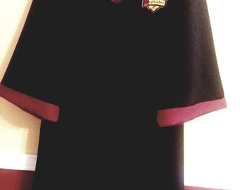 Gryffindor robe, Harry Potter inspired, size 8/10 youth with wand