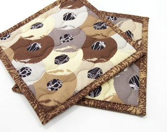 Quilted Potholders, Fabric Hot Pads - Brown, Taupe, Tan, and Ivory Cotton Pot Holders, Brown Kitchen Decor Housewarming, Hostess Gift