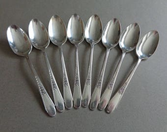 Wm Rogers Gardenia IS Silverplate Flatware 8 Soup Spoons 1941silverware