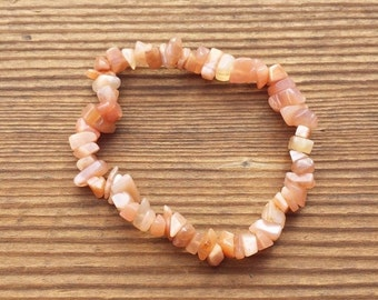 Natural PEACH MOONSTONE Stone Gemstone Stretchy Chip Bracelet